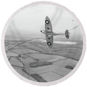 Battle Of Britain Spitfire Black And White Version Round Beach Towel