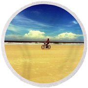 Beach Life On Daytona Beach Round Beach Towel