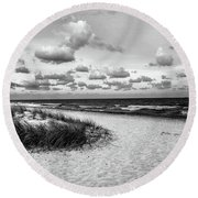 Beach Sunset Bw Round Beach Towel