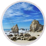 Beautiful Malibu Rocks Round Beach Towel
