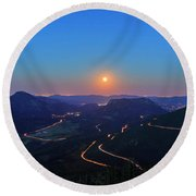 Beautiful Moon Rise At Rocky Mountain National Park Round Beach Towel