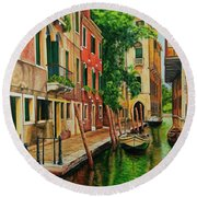 Beautiful Side Canal In Venice Round Beach Towel
