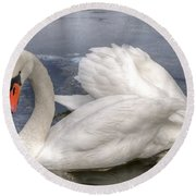 Beautiful Swans Round Beach Towel