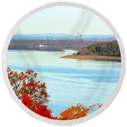 Beautiful View Of The Hudson River 1 Round Beach Towel