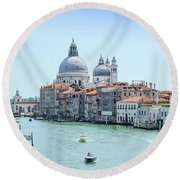 Beautiful View Of Water Street And Old Buildings In Venice, Ital Round Beach Towel