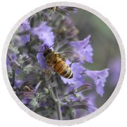 Beauty And The Bee Round Beach Towel