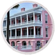 Beauutiful Pink Colonial Style Mansion Round Beach Towel