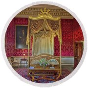 Bedroom At Holkham Hall Round Beach Towel