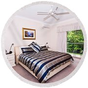 Bedroom With Silver And Blue Linen Round Beach Towel