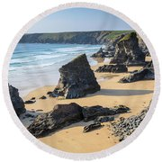 Bedruthan Steps, Cornwall Round Beach Towel