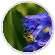 Bee On The Hyacinth Round Beach Towel