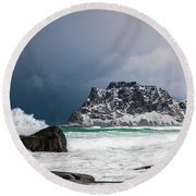 The Coming Of The Storm Round Beach Towel