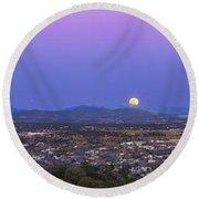 Belt Of Venus And Full Moon Rising Round Beach Towel