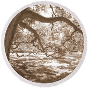 Bent Tree Round Beach Towel