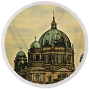 Berlin Architecture Round Beach Towel