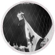 Berlin: Balloon Race, 1908 Round Beach Towel
