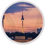 Berlin - Tempelhofer Feld Round Beach Towel