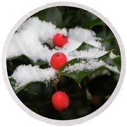 Berries In Snow Round Beach Towel