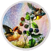 Berries And Birds Round Beach Towel