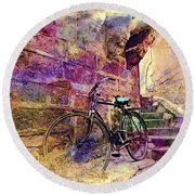 Bicycle Abandoned In India Rajasthan Blue City 1a Round Beach Towel