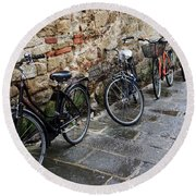 Bicycles In Rome Round Beach Towel