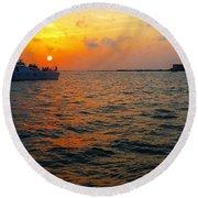 Big Pass Sunset Sarasota Florida Round Beach Towel