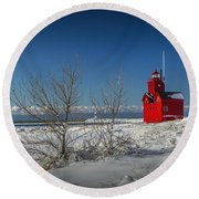 Big Red Lighthouse In Winter Round Beach Towel