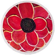 Big Red Zinnia Flower Round Beach Towel