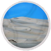 Big Sand Dunes In Ca Round Beach Towel