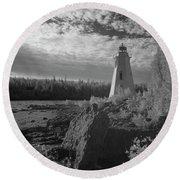 Big Tub Lighthouse Round Beach Towel