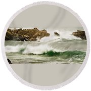 Big Waves Comin In Round Beach Towel