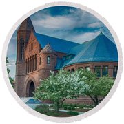Billings Library At Uvm Round Beach Towel