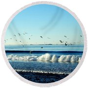 Billowing White Waves And Seagulls Round Beach Towel