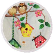 Birds And Birdhouse Round Beach Towel
