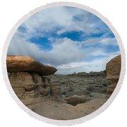 Bisti Fissure New Mexico Round Beach Towel