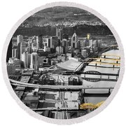 Black And Gold Pittsburgh  Round Beach Towel