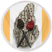 Black And Pink Peppercorns Round Beach Towel