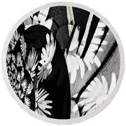 Black And White Abstract Floral Round Beach Towel