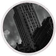 Black And White Buildings Round Beach Towel