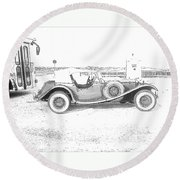 Black And White Car Round Beach Towel