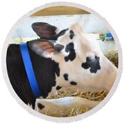 Black And White Cow 2 Round Beach Towel