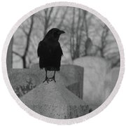 Black And White Crow On Gray Stone Round Beach Towel