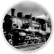 Black And White Of An Old Steam Engine  Round Beach Towel