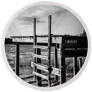 Black And White Old Time Dock Round Beach Towel