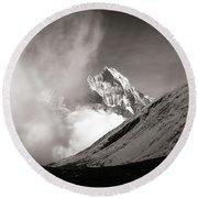 Black And White Photo Of Snow Peak In Nepal Round Beach Towel