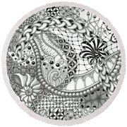 Black And White Tangle Art Round Beach Towel