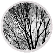Black And White Tree Branches Silhouette Round Beach Towel