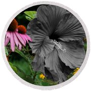 Black Hibiscus Round Beach Towel
