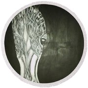 Black Horse Sight Round Beach Towel