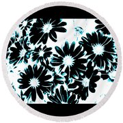 Black Petals With Sprinkles Of Teal Turquoise Round Beach Towel
